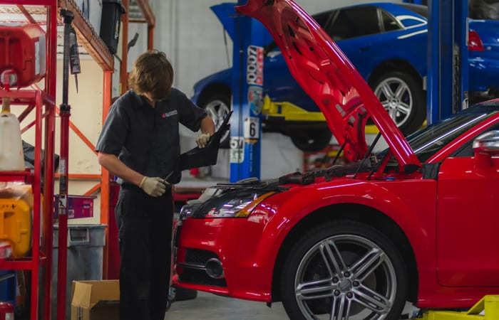 Mechanics Denver Co Auto Repair Shop...